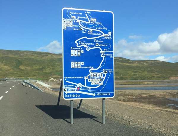 cartello stradale islanda